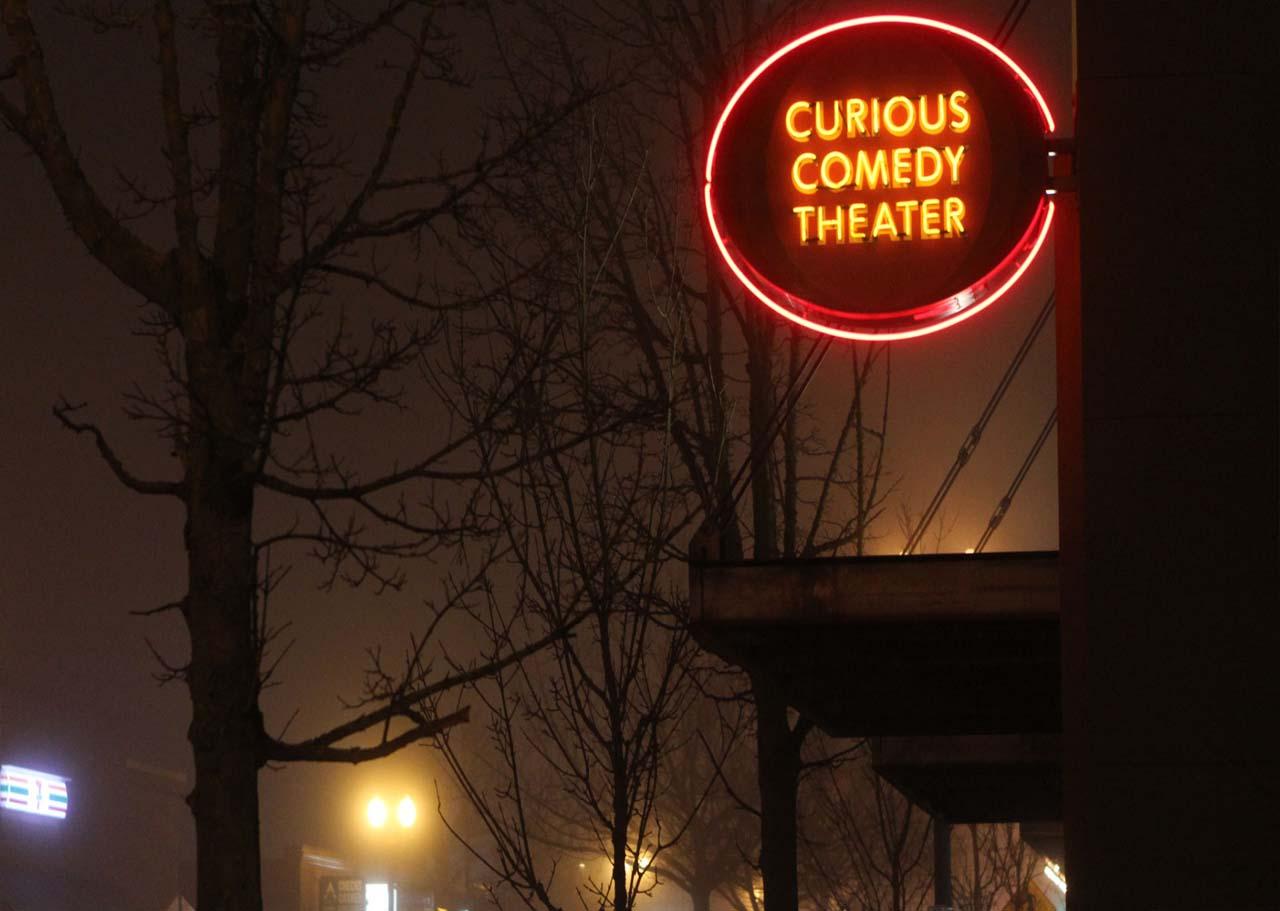 รายละเอียดเกี่ยวกับ Curious Comedy Theater
