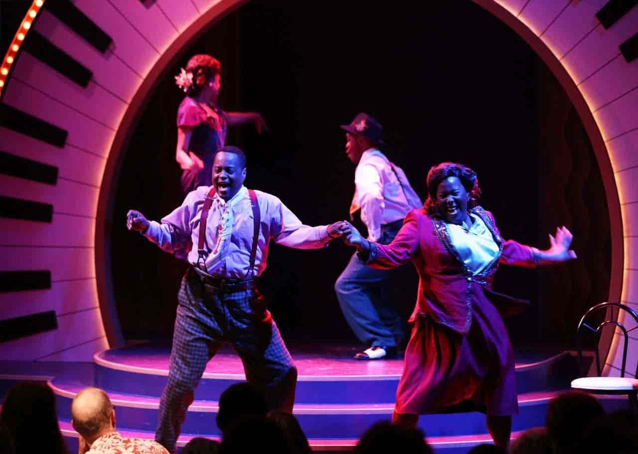 โรงละครอื่นใน รัฐออริกอน Oregon Cabaret Theatre