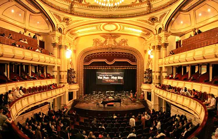 Hanoi โรงละครประจำเวียดนาม